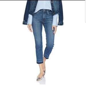 Levi's 724 High rise straight crop jeans.